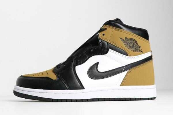 2018 Air Jordan 1 Retro High OG ' ookie of the Year' Gold Harvest/Black Shoes