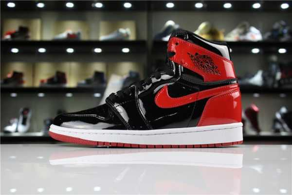 "2018 Air Jordan 1 High OG NRG Patent Leather ""Banned"" Black/White-University Red 861428-061"